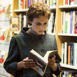Aura Garrido en el rodaje de 'El Ministerio del Tiempo'