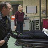 Kiefer Shutherland, Yvonne Strahovski y Benjamin Bratt en '24: Vive otro día'