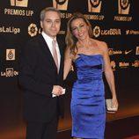 Vicente Vallés y su mujer Ángeles Blanco en los Premios LFP 2014