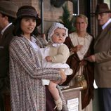 María con su hijo en 'El secreto de Puente Viejo'