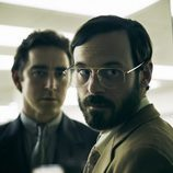 Scoot McNairy es Gordon Clark y Lee Pace es Joe MacMillan en 'Halt and Catch Fire'