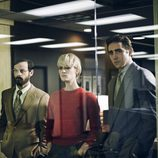 Lee Pace, Mackenzie Davis y Scoot McNairy en 'Halt and Catch Fire'