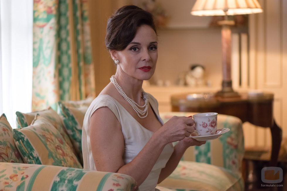 Silvia Marsó en el 2x03 de 'Velvet'