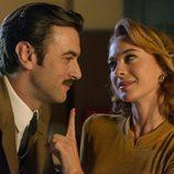 Mateo y Clara en el 2x03 de 'Velvet'