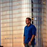 Nik Wallenda en lo alto de un edificio en Chicago