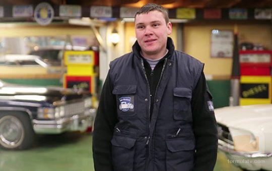 Dani es uno de los mecánicos de 'House of cars'