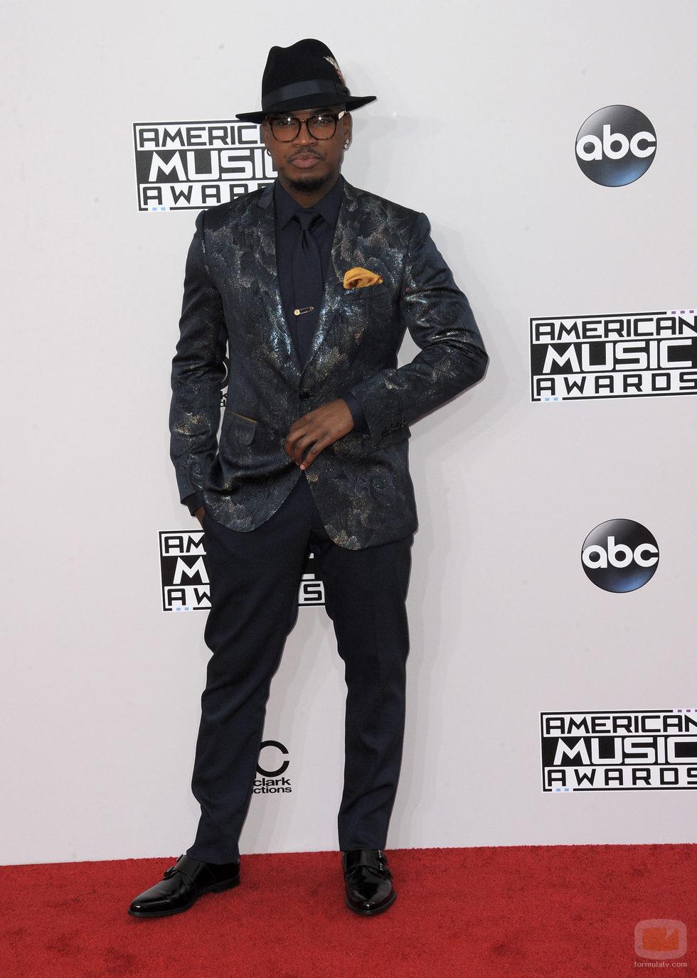 Ne-Yo en los American Music Awards 2014
