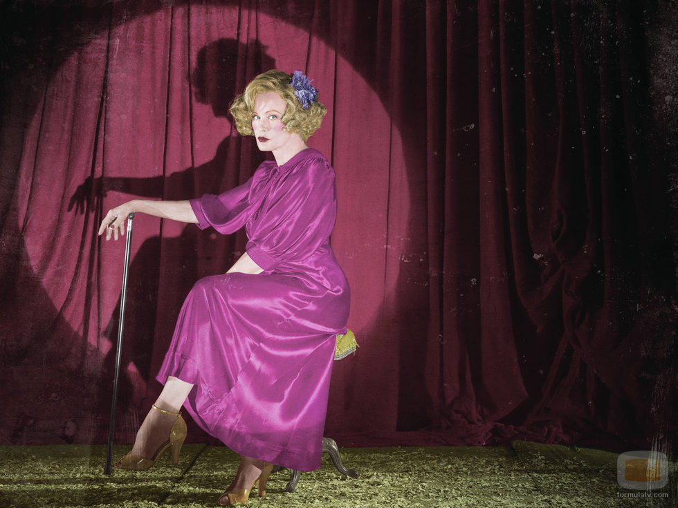 Jessica Lange es Elsa Mars en 'American Horror Story: Freak Show'