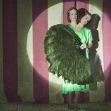 Sarah Paulson es Bette y Dot Tattler en 'American Horror Story: Freak Show'
