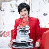 Concha Velasco celebra su cumpleaños en 'Cine de barrio' con una tarta