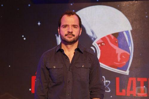 Ángel Martín presenta 'Órbita Laika'