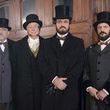 Los protagonistas de 'Prim, el asesinato de la calle del Turco', la nueva TV movie de La 1