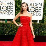 Allison Williams en los Globos de Oro 2015
