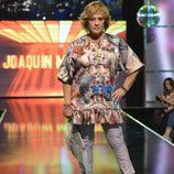 Chelo García Cortés desfilando en la 'Sálvame Fashion Week'