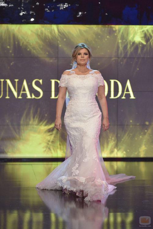 Terelu Campos, vestida de novia en la 'Sálvame Fashion Week'