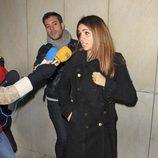 Elena Furiase despidiendo a Amparo Baró
