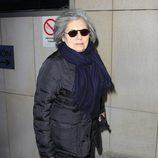 Tina Sainz despidiendo a Amparo Baró