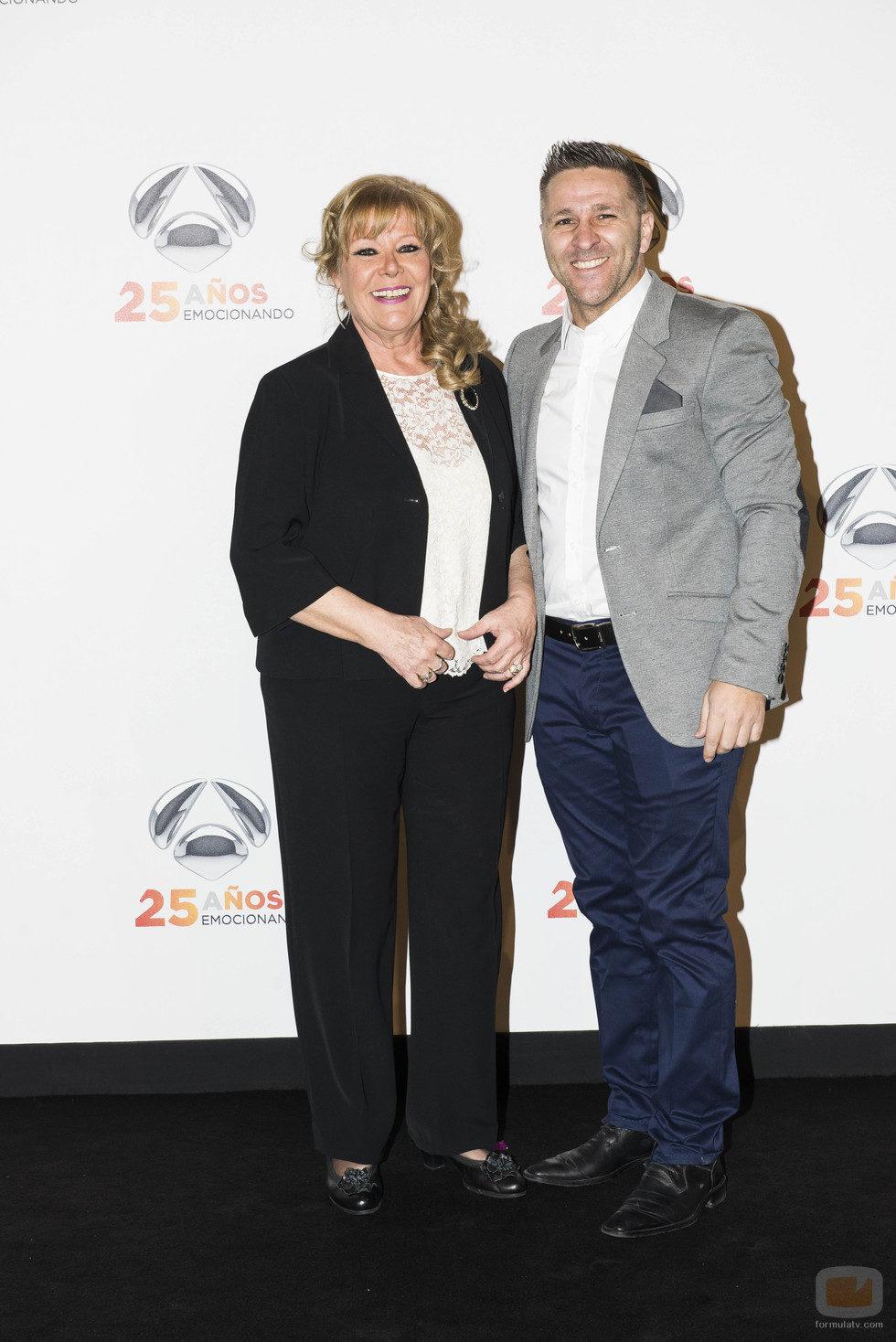 María Garralón y Miguel Ángel Garzón en la fiesta del 25 aniversario