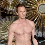 Neil Patrick Harris casi desnudo en la gala de los Oscar 2015