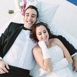 Salva y Gloria de 'Casados a primera vista' posan tras su boda