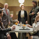 El nuevo equipo de agentes se reúne en el primer episodio de 'El ministerio del tiempo'
