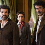 Julián, Amelia y Alonso en el quinto episodio de 'El ministerio del tiempo'