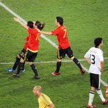 España se alza con el triunfo