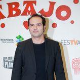 Alfonso Sánchez en el photocall de 'Allí abajo