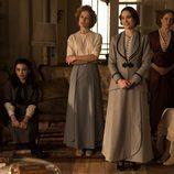 Imagen de todas las hermanas silva en un capítulo de 'Seis hermanas'