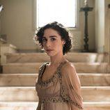 Candela Serrat en una imagen promocional de 'Seis hermanas'
