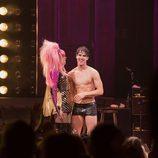 """Jones y Criss sobre el escenario de """"Hedwig And The Angry Inch"""""""