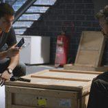 Álex González y Pau Durá en el cuarto capítulo de la segunda temporada de 'El Príncipe'