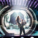 Edurne y Giuseppe di Bella bailan en el primer ensayo del 'Festival de Eurovisión 2015'