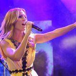 Edurne cantando en la Welcome Party en el Euroclub