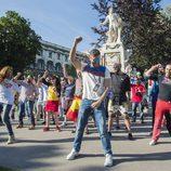 Giuseppe Di Bella y Miryam Benedited encabezan el flashmob para Edurne