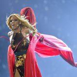 Edurne se quita el vestido rojo en el segundo ensayo del Festival de Eurivisión 2015