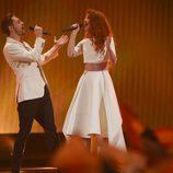 Morland y Debrah Scarlett, Noruega, en la semifinal 2 de Eurovisión 2015