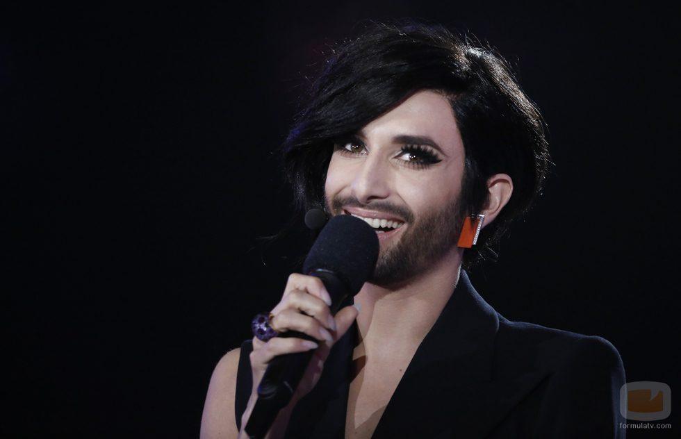 Conchita Wurst en la segunda semifinal de Eurovisión 2015