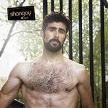 David Amor, seductor escultural en la revista Shangay