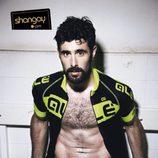 David Amor muy ligero de ropa en la revista Shangay
