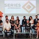 Actores de 'Mar de plástico' en la rueda de prensa