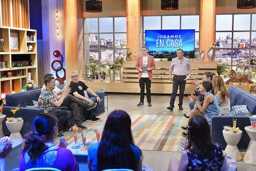 'Jugamos en casa', el concurso presentado por Los Morancos