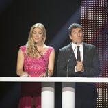 Antonio Hidalgo y María Pina presentaron la Gala de 7TV Murcia