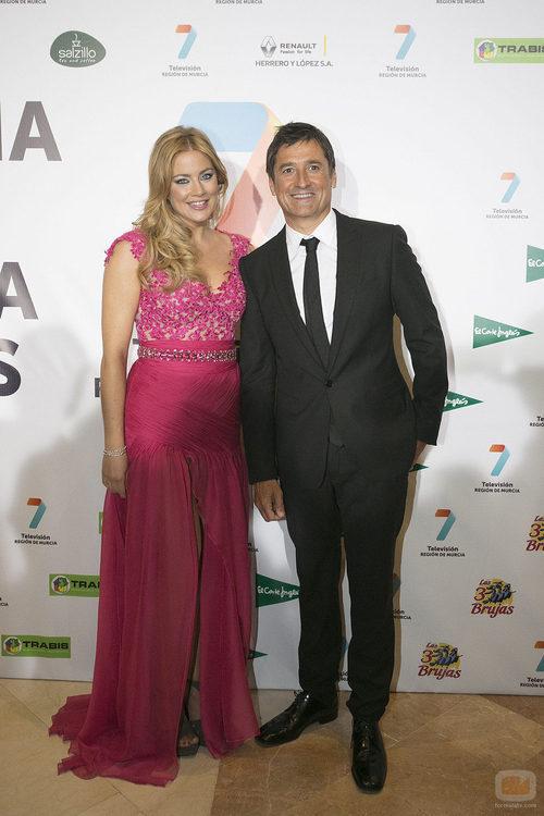 Antonio Hidalgo y María Pina fueron los presentadores la Gala de 7TV Murcia