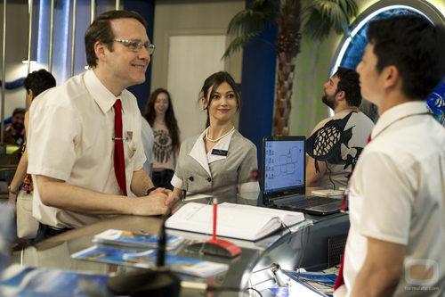 Mariano y Natalia en el cuarto episodio de 'Anclados'