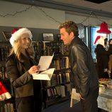 Julie investiga el asesinato de un hombre vestido de Santa Claus en el nuevo capítulo de 'CSI: Las vegas'