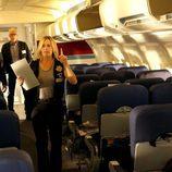 La agente Finlay a bordo del avión que debe ser investigado en el nuevo capítulo de 'CSI: Las Vegas'