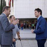 Jesús Cintora en los juzgados de Plaza Castilla para 'En la caja'