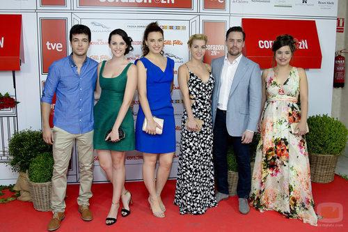 El reparto de 'Acacias 38' en el especial 5.000 programas de 'Corazón'