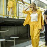 Macarena se marcha bajo la atenta mirada de Fabio en el octavo capítulo de 'Vis a vis'